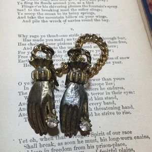 Vintage Jewelry - Vintage Gold Tone Metal Hand Sweater Clips